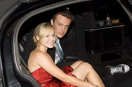 Kristen Bell Supports Male Nudity. Related: Forgetting Sarah Marshall