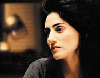 Ronit Elkabetz