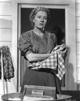 Irene Dunne in I Remember Mama