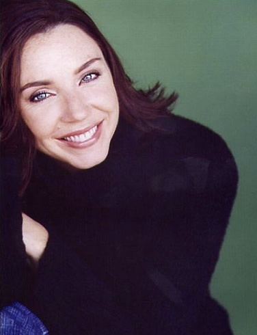 Stephanie Courtney - Rotten Tom...
