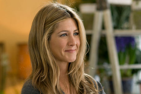 new jennifer aniston fakes