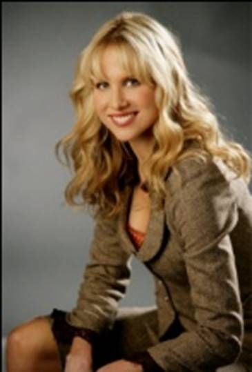 Lucy Punch - Gallery Photo