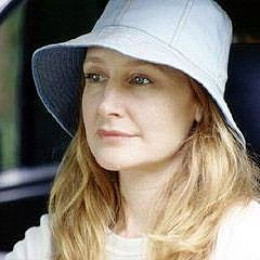 Patricia Clarkson in The Station Agent