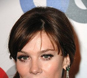 Anna Friel